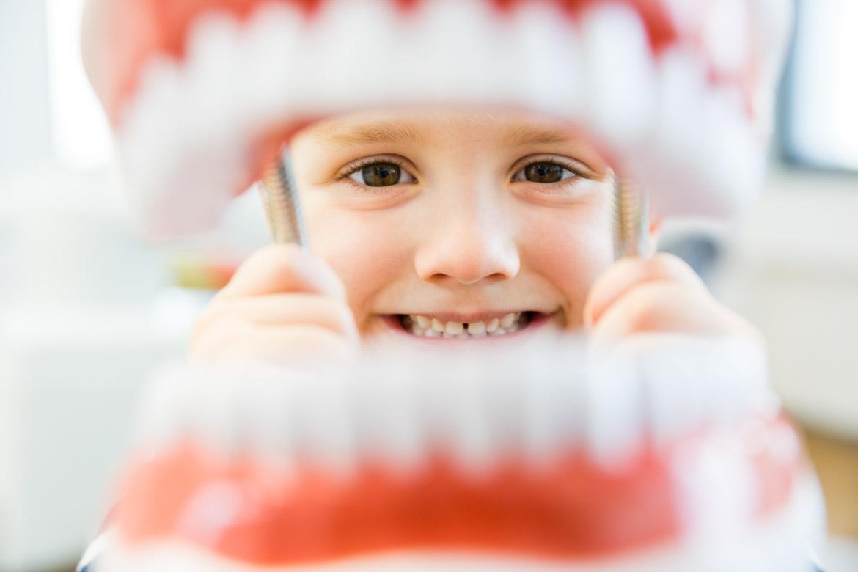 Zahnarztpraxis Kinder